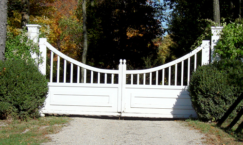 gate-custom-wooden-1